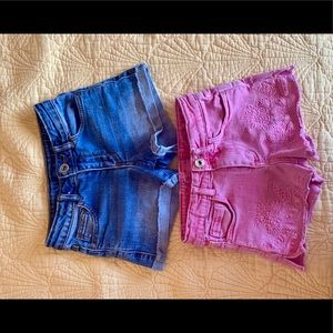 Two shorts for girls for $ 8